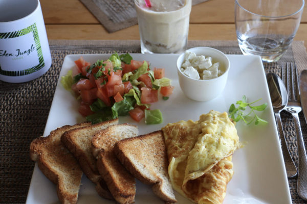 American breakfast - Eden jungle lodge - Bocas del Toro - Panama